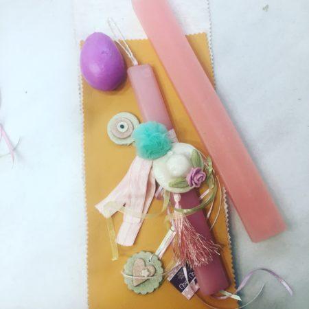 Ροζ πασχαλινή λαμπάδα για κορίτσι με χειροποίητο καπελάκι.