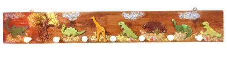 Ξύλινη κρεμάστρα με δεινοσαύρους