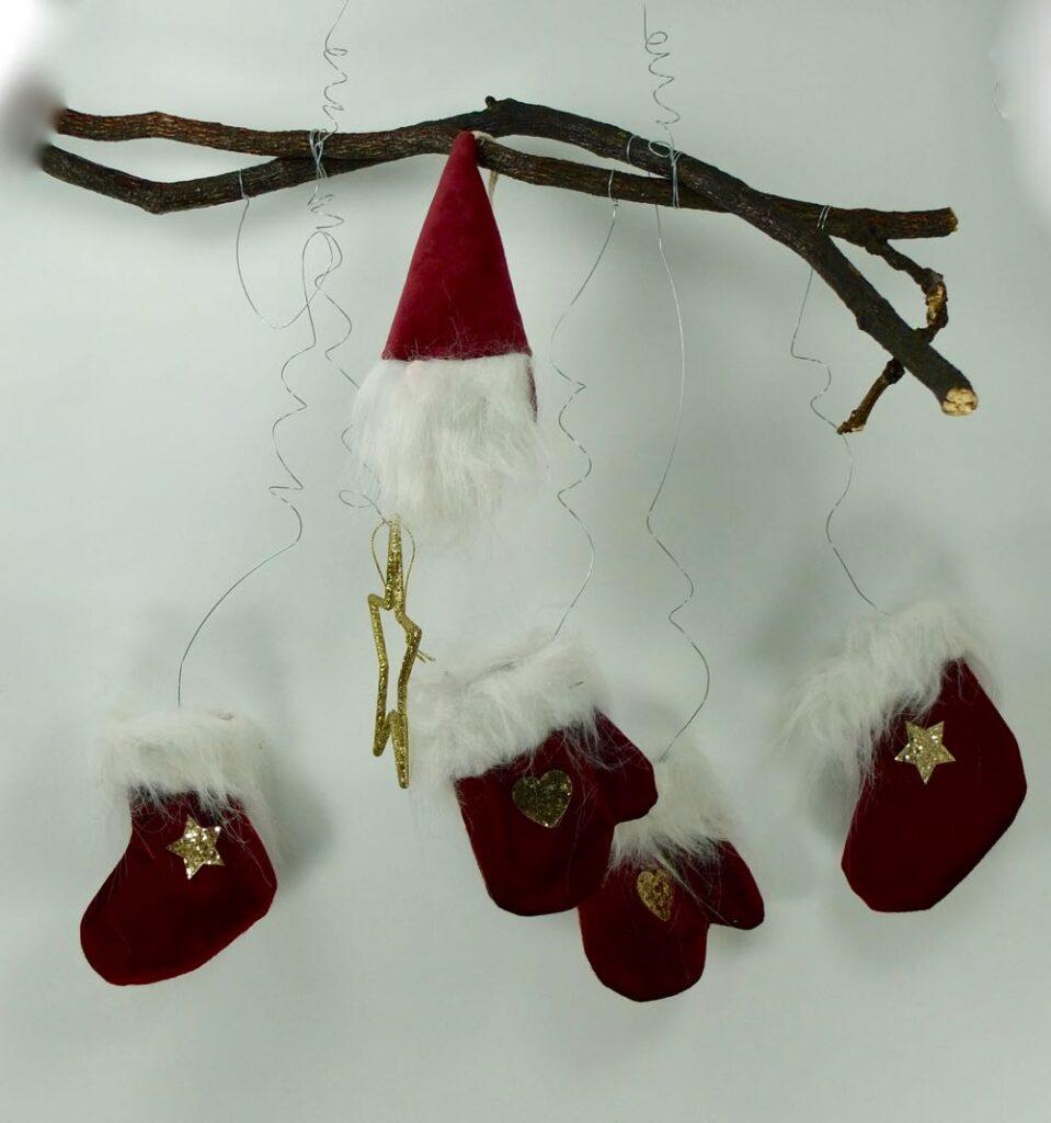 Χριστουγννιάτικη διακόσμηση πόρτας.